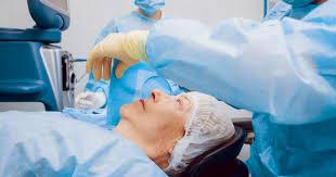 Göz Ameliyatı Nasıl Yapılır